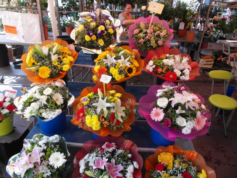 Flower market at Cours Saleya in Nice