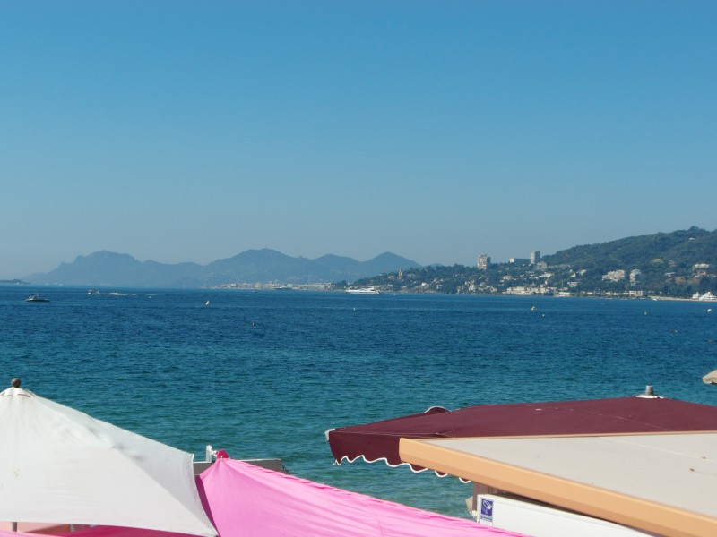 Antibes : View of Cannes from the beach in Juan Les Pins