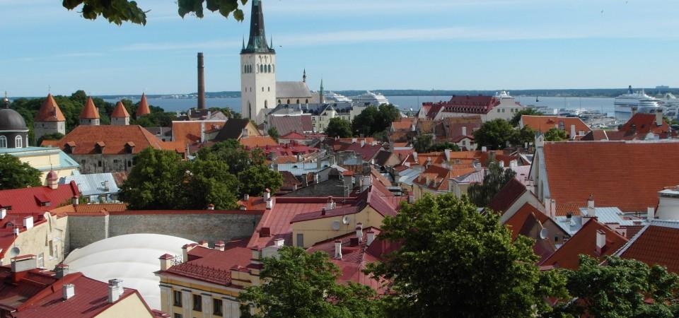 Tallinn Estonia ~ A walking tour of historic Tallinn!