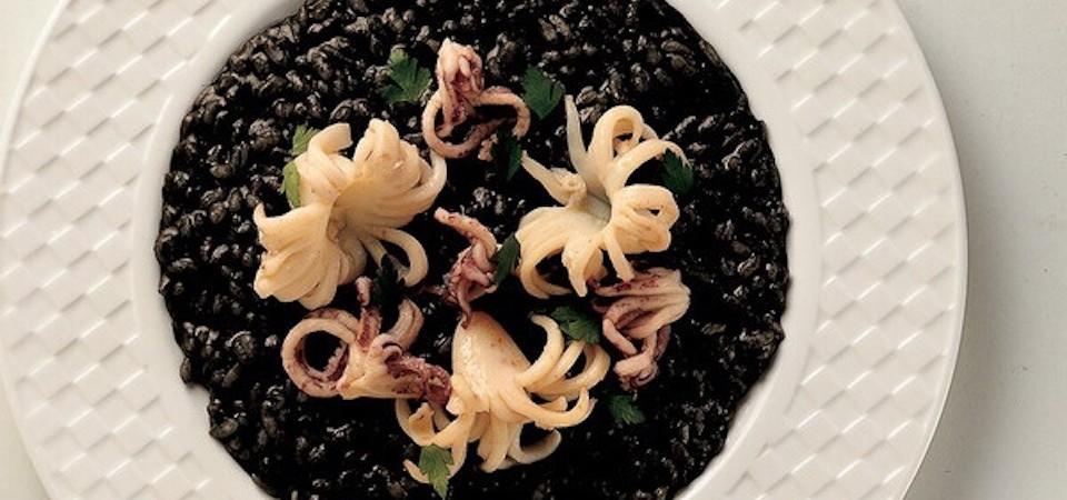 BEST of Croatia food : Crni Rizot, black cuttlefish risotto!