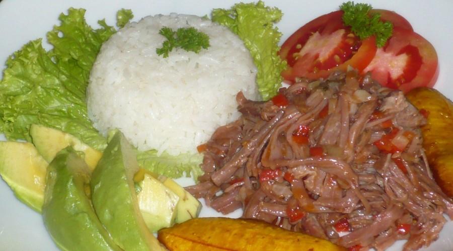 Ropa Vieja   ... Photo Acerequebola.blogspot.com