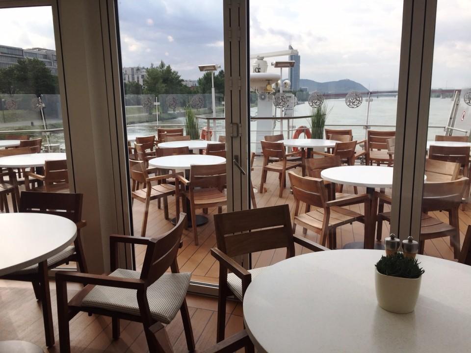 Viking River Cruises - Aquavit Terrace on Viking Tor