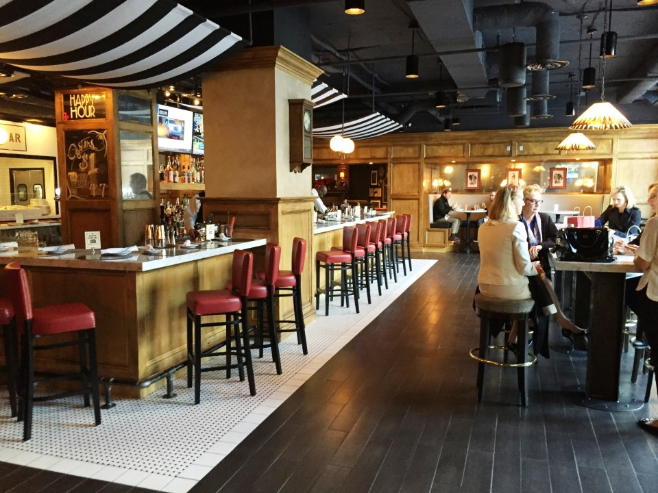 Pennsylvania 6 DC : part of the Bar area, one of five distinct sections of the 9,000 sq. ft. restaurant
