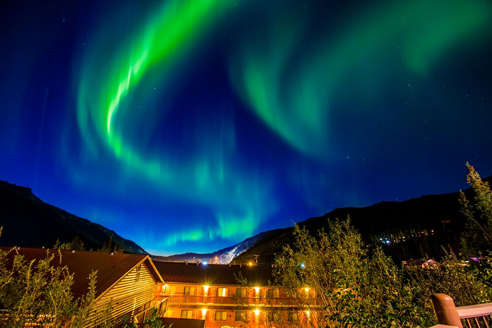 Northern Lights spectacle above Denali Princess Wilderness Lodge ~ Alaska Cruise Tour (photo Laura Grier)