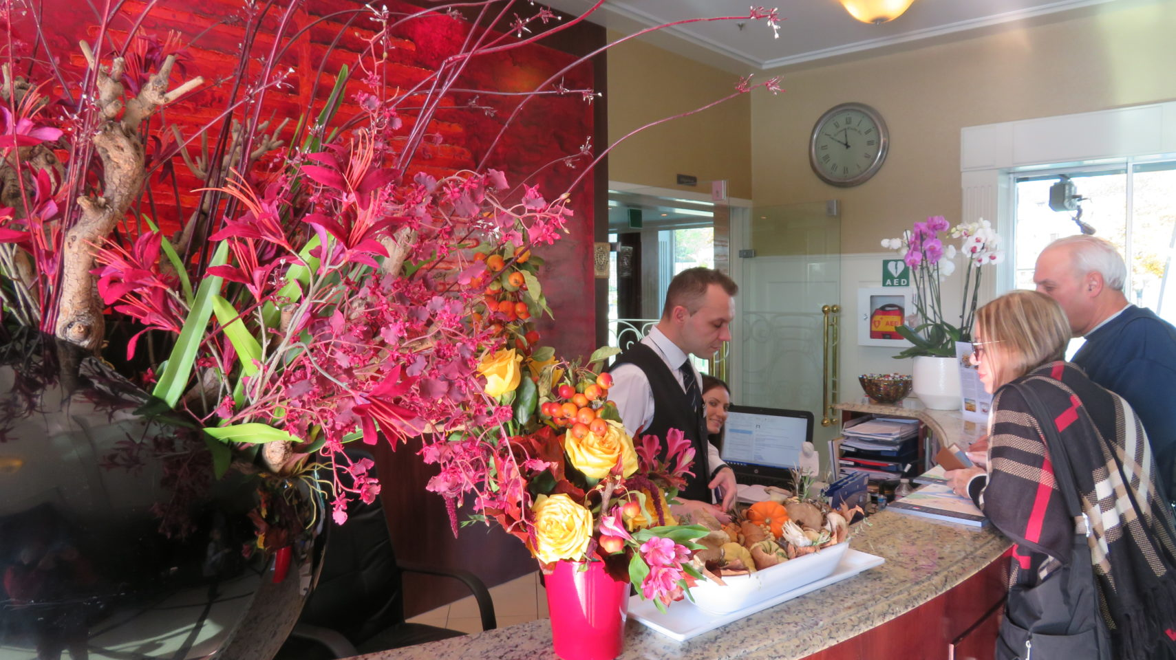 Staffed round the clock, the Reception Desk of AMALegro (Paris and Normandie AMAWaterways Cruise)