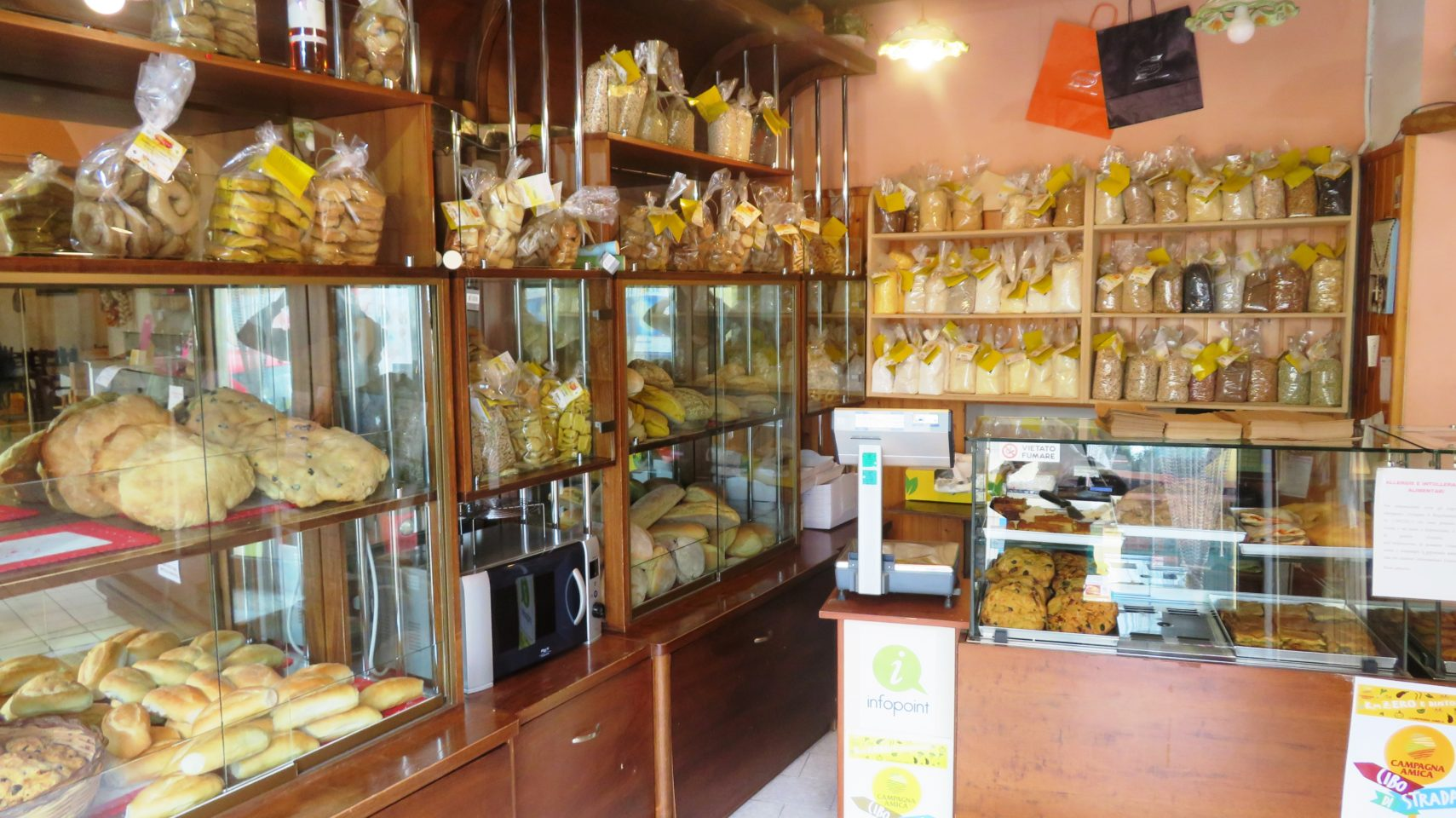 Farmer/Miller/Baker Panificio Caroppo in Minervino di Lecce ! The Wholesome Charms of Salento in Italy